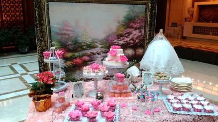 婚礼甜品台图片